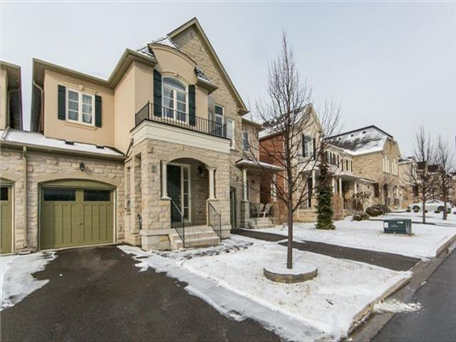 48 Mill River Dr Vaughan
