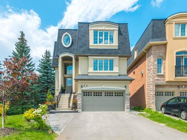 113 Headwater Cres