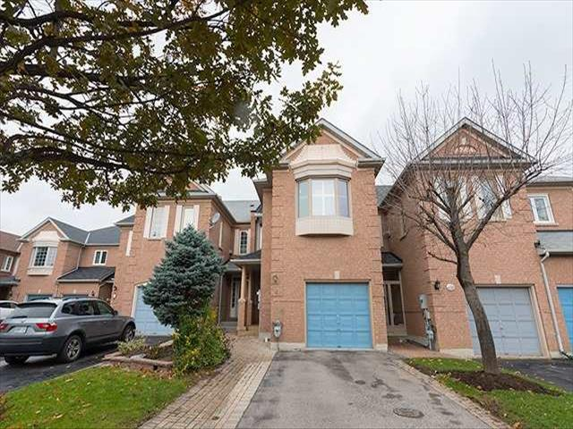 8 Mary Gapper Cres