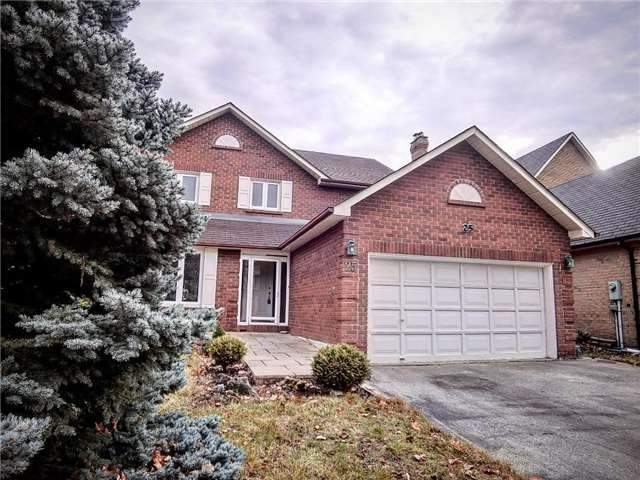25 Gordon Rowe Cres