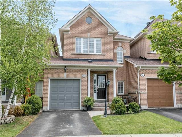 39 Walkview Cres