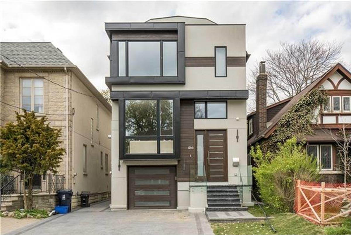 24 Roe Ave Toronto Michelle Refani and Shervin Zeinalian