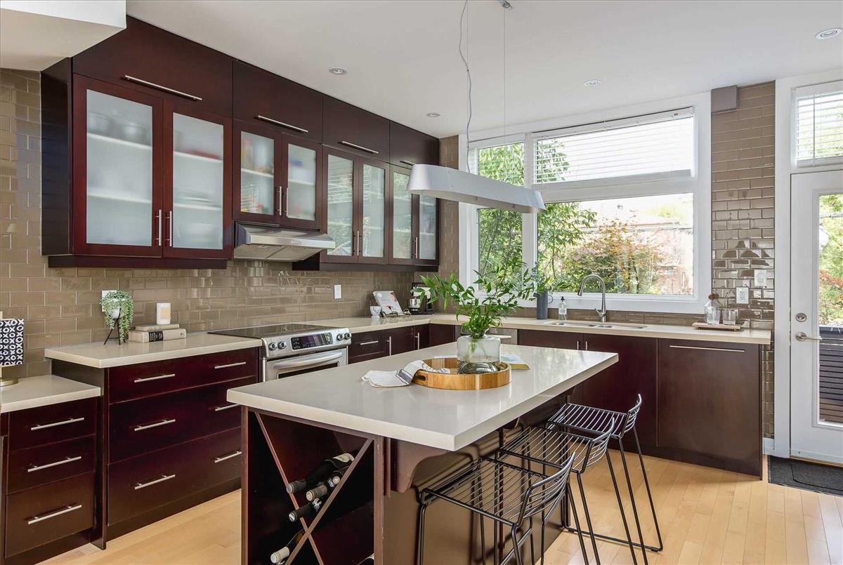 59 Elm Grove Ave Toronto Michelle Refani and Shervin Zeinalian